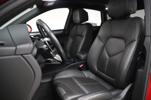 Used 2017 Porsche Macan GTS for sale $57,900 at Maserati of Greenwich in Greenwich CT 06830 15