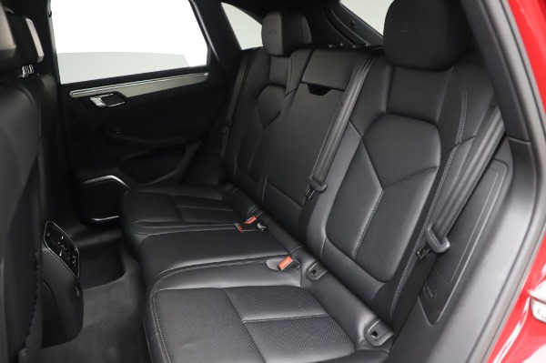 Used 2017 Porsche Macan GTS for sale $57,900 at Maserati of Greenwich in Greenwich CT 06830 17