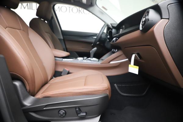 New 2020 Alfa Romeo Stelvio Q4 for sale $49,045 at Maserati of Greenwich in Greenwich CT 06830 22
