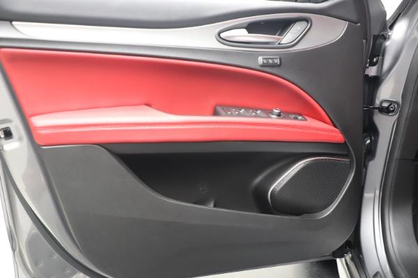 New 2020 Alfa Romeo Stelvio Ti Sport Q4 for sale $53,545 at Maserati of Greenwich in Greenwich CT 06830 17