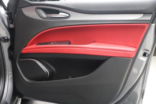 New 2020 Alfa Romeo Stelvio Ti Sport Q4 for sale $53,545 at Maserati of Greenwich in Greenwich CT 06830 25
