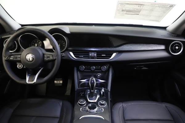 New 2020 Alfa Romeo Stelvio for sale $50,145 at Maserati of Greenwich in Greenwich CT 06830 16