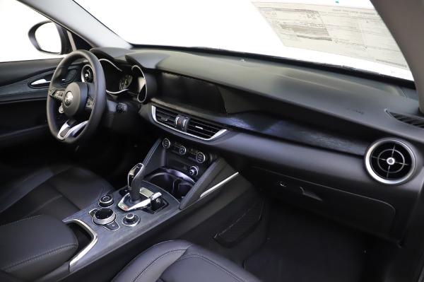 New 2020 Alfa Romeo Stelvio for sale $50,145 at Maserati of Greenwich in Greenwich CT 06830 24