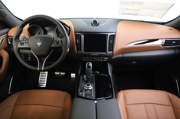 New 2020 Maserati Levante Q4 GranSport for sale $86,685 at Maserati of Greenwich in Greenwich CT 06830 16