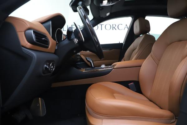 New 2020 Maserati Levante Q4 GranLusso for sale $87,449 at Maserati of Greenwich in Greenwich CT 06830 15