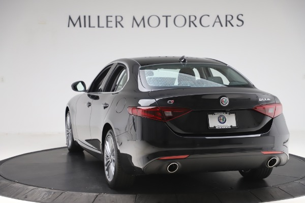 New 2020 Alfa Romeo Giulia Ti Lusso Q4 for sale $46,195 at Maserati of Greenwich in Greenwich CT 06830 5