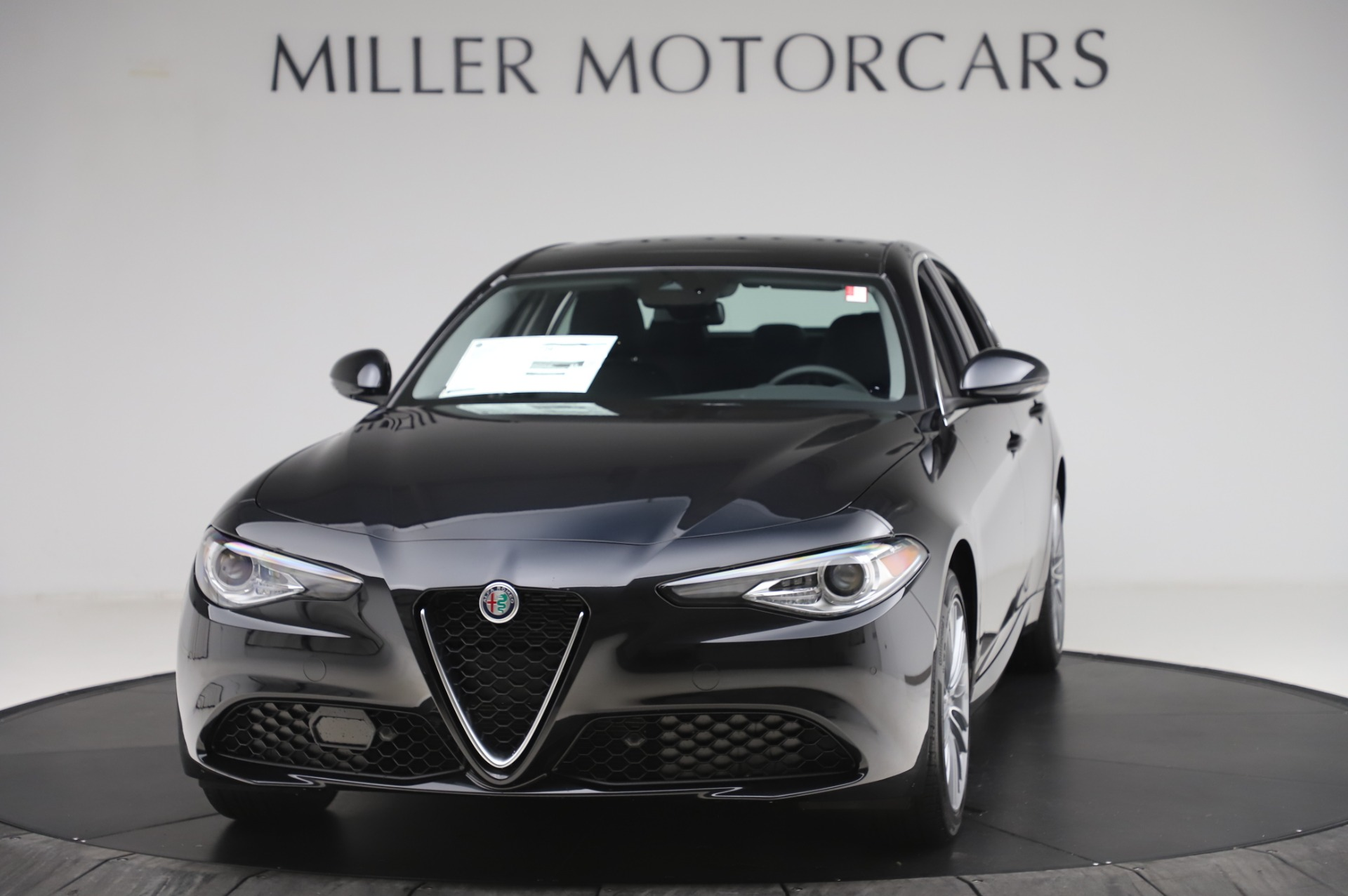 New 2020 Alfa Romeo Giulia Ti Lusso Q4 for sale $46,195 at Maserati of Greenwich in Greenwich CT 06830 1