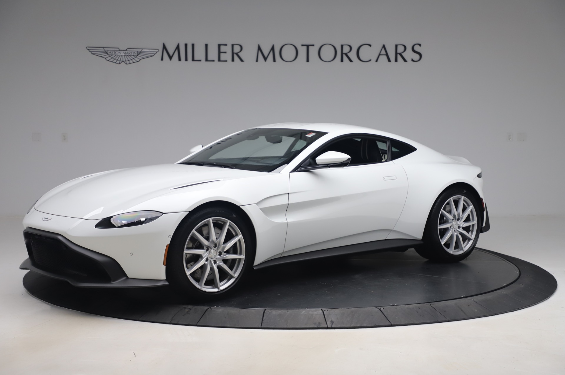 New 2020 Aston Martin Vantage for sale $181,781 at Maserati of Greenwich in Greenwich CT 06830 1