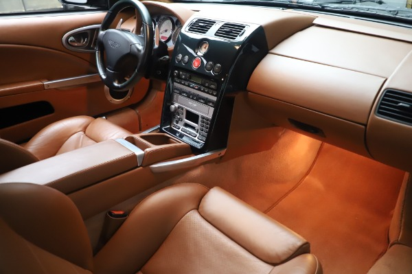 Used 2003 Aston Martin V12 Vanquish Coupe for sale $79,900 at Maserati of Greenwich in Greenwich CT 06830 20