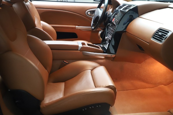 Used 2003 Aston Martin V12 Vanquish Coupe for sale $79,900 at Maserati of Greenwich in Greenwich CT 06830 21