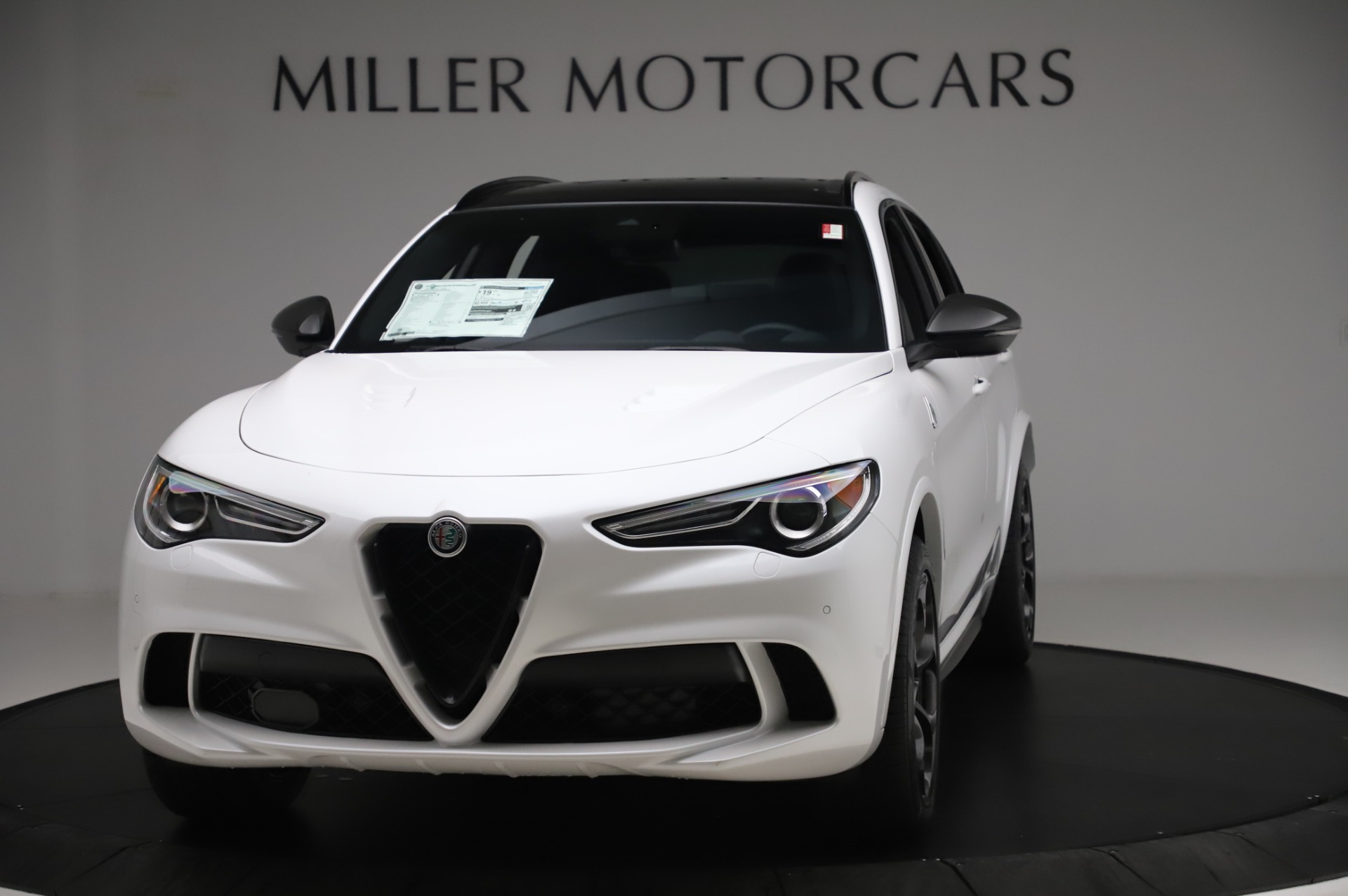 New 2020 Alfa Romeo Stelvio Quadrifoglio for sale $89,145 at Maserati of Greenwich in Greenwich CT 06830 1