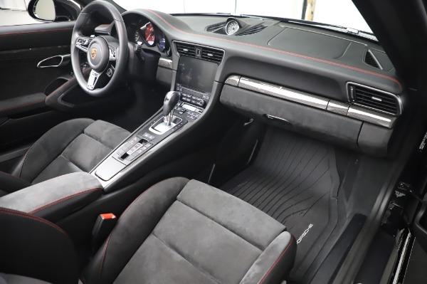 Used 2018 Porsche 911 Carrera 4 GTS for sale $137,900 at Maserati of Greenwich in Greenwich CT 06830 19