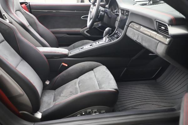 Used 2018 Porsche 911 Carrera 4 GTS for sale $137,900 at Maserati of Greenwich in Greenwich CT 06830 20