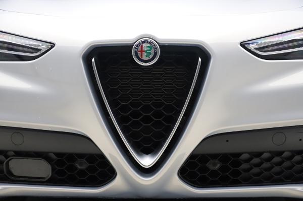 New 2020 Alfa Romeo Stelvio Ti Lusso Q4 for sale $55,045 at Maserati of Greenwich in Greenwich CT 06830 13