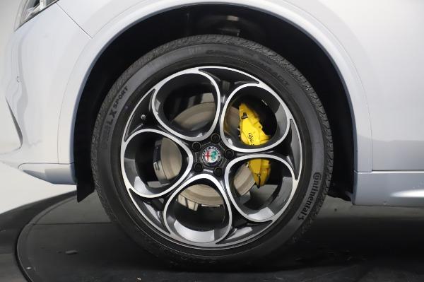 New 2020 Alfa Romeo Stelvio Ti Lusso Q4 for sale $55,045 at Maserati of Greenwich in Greenwich CT 06830 14