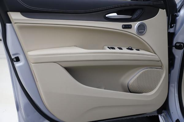 New 2020 Alfa Romeo Stelvio Ti Lusso Q4 for sale $55,045 at Maserati of Greenwich in Greenwich CT 06830 18