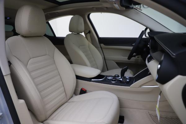 New 2020 Alfa Romeo Stelvio Ti Lusso Q4 for sale $55,045 at Maserati of Greenwich in Greenwich CT 06830 24