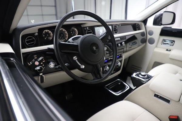 Used 2014 Rolls-Royce Phantom for sale Sold at Maserati of Greenwich in Greenwich CT 06830 18