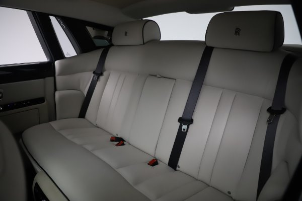 Used 2014 Rolls-Royce Phantom for sale Sold at Maserati of Greenwich in Greenwich CT 06830 21