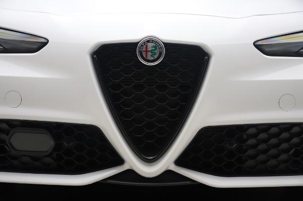 New 2020 Alfa Romeo Giulia Ti Sport Q4 for sale $46,495 at Maserati of Greenwich in Greenwich CT 06830 13