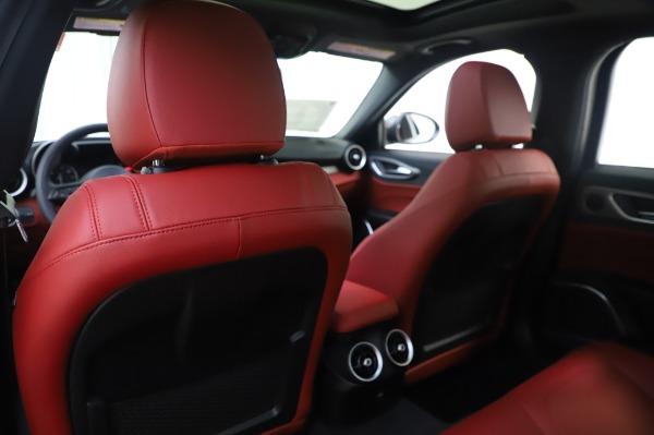 New 2020 Alfa Romeo Giulia Ti Sport Q4 for sale $46,495 at Maserati of Greenwich in Greenwich CT 06830 20