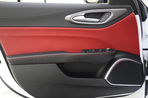 New 2020 Alfa Romeo Giulia Ti Sport Q4 for sale $46,495 at Maserati of Greenwich in Greenwich CT 06830 21