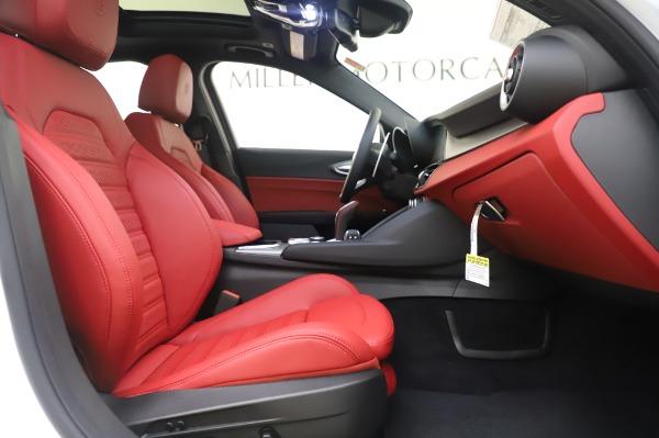 New 2020 Alfa Romeo Giulia Ti Sport Q4 for sale $46,495 at Maserati of Greenwich in Greenwich CT 06830 23