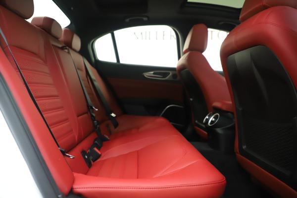New 2020 Alfa Romeo Giulia Ti Sport Q4 for sale $46,495 at Maserati of Greenwich in Greenwich CT 06830 27