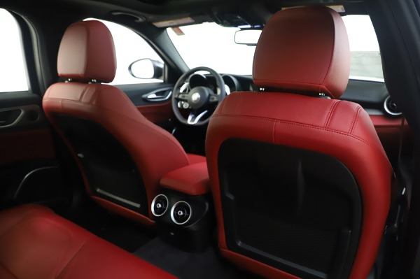 New 2020 Alfa Romeo Giulia Ti Sport Q4 for sale $46,495 at Maserati of Greenwich in Greenwich CT 06830 28