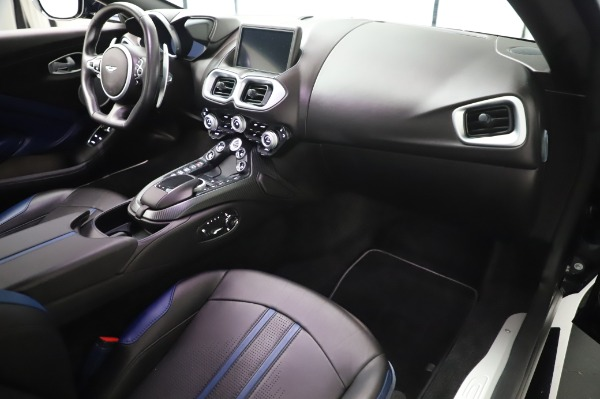 Used 2019 Aston Martin Vantage for sale $127,900 at Maserati of Greenwich in Greenwich CT 06830 18