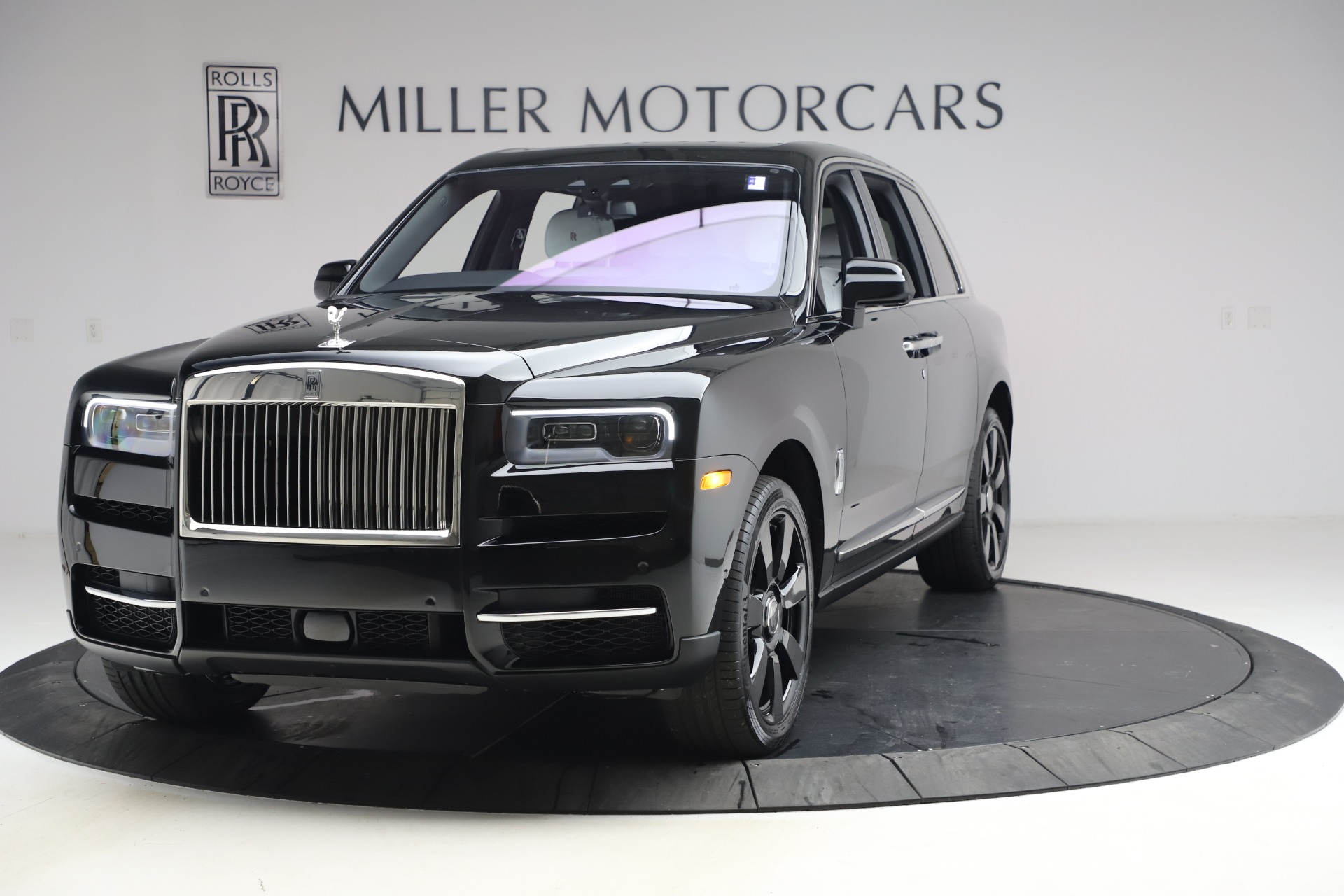 New 2021 Rolls-Royce Cullinan for sale $369,975 at Maserati of Greenwich in Greenwich CT 06830 1