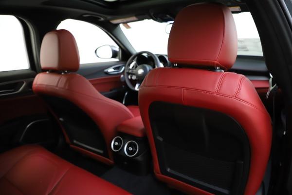 New 2020 Alfa Romeo Giulia Ti Sport Q4 for sale $48,595 at Maserati of Greenwich in Greenwich CT 06830 28