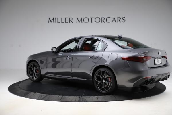 New 2020 Alfa Romeo Giulia Ti Sport Q4 for sale $48,595 at Maserati of Greenwich in Greenwich CT 06830 4