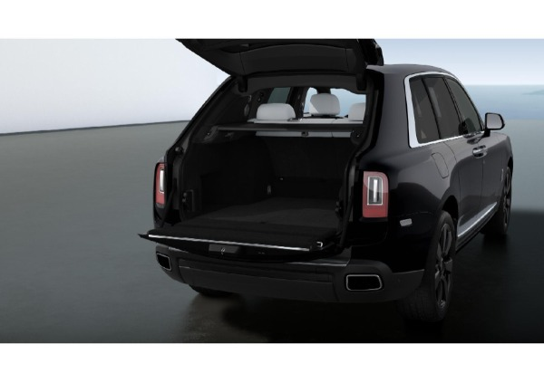 New 2021 Rolls-Royce Cullinan for sale $376,075 at Maserati of Greenwich in Greenwich CT 06830 4