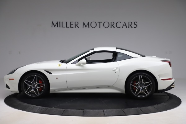 Used 2015 Ferrari California T for sale $159,900 at Maserati of Greenwich in Greenwich CT 06830 13