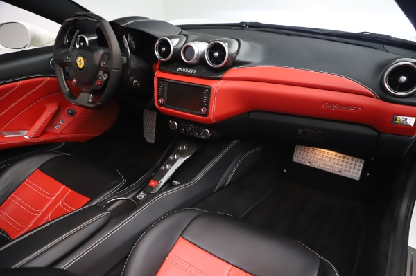 Used 2015 Ferrari California T for sale $159,900 at Maserati of Greenwich in Greenwich CT 06830 21