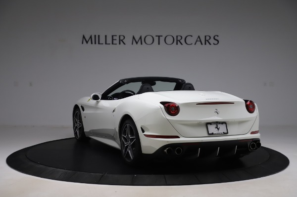 Used 2015 Ferrari California T for sale $159,900 at Maserati of Greenwich in Greenwich CT 06830 5