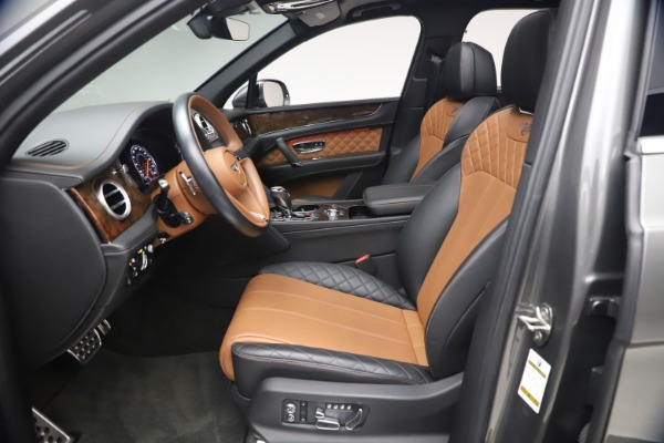 Used 2018 Bentley Bentayga Activity Edition for sale $159,900 at Maserati of Greenwich in Greenwich CT 06830 18
