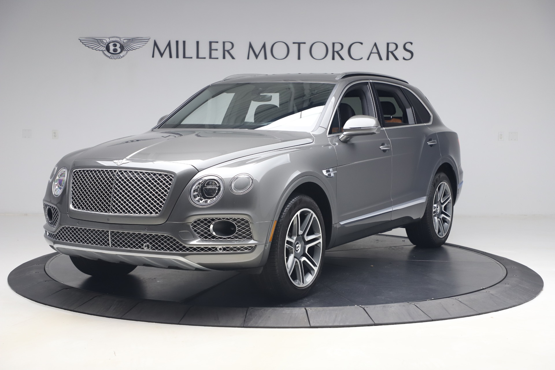 Used 2018 Bentley Bentayga Activity Edition for sale $159,900 at Maserati of Greenwich in Greenwich CT 06830 1