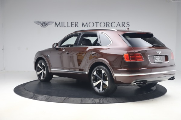 Used 2020 Bentley Bentayga V8 for sale $186,900 at Maserati of Greenwich in Greenwich CT 06830 5