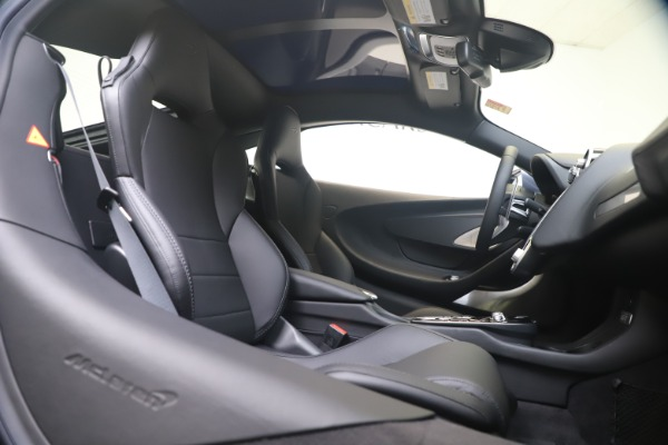 New 2020 McLaren GT Luxe for sale $247,125 at Maserati of Greenwich in Greenwich CT 06830 19