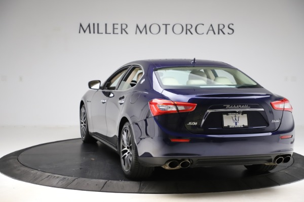 Used 2017 Maserati Ghibli S Q4 for sale Sold at Maserati of Greenwich in Greenwich CT 06830 5