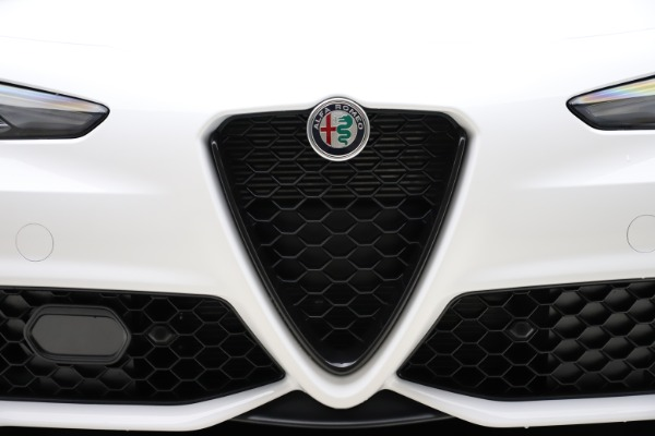 New 2020 Alfa Romeo Giulia Ti Sport Q4 for sale Sold at Maserati of Greenwich in Greenwich CT 06830 26
