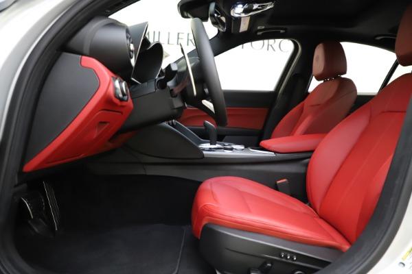 New 2020 Alfa Romeo Giulia Sport Q4 for sale Sold at Maserati of Greenwich in Greenwich CT 06830 14