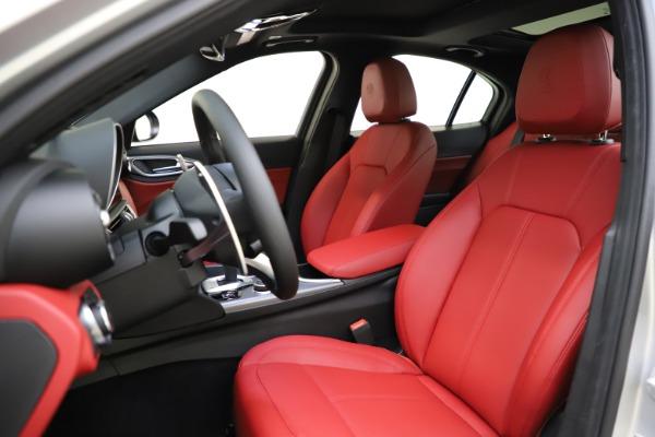 New 2020 Alfa Romeo Giulia Sport Q4 for sale Sold at Maserati of Greenwich in Greenwich CT 06830 15