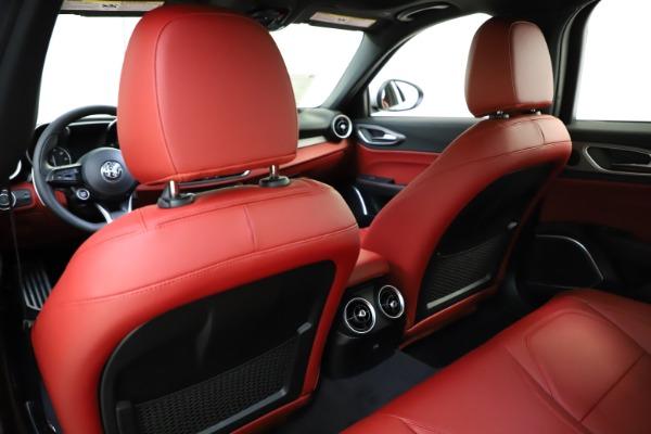New 2020 Alfa Romeo Giulia Sport Q4 for sale Sold at Maserati of Greenwich in Greenwich CT 06830 20