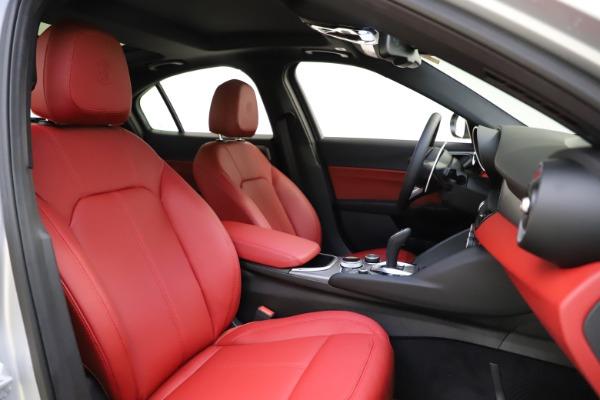 New 2020 Alfa Romeo Giulia Sport Q4 for sale Sold at Maserati of Greenwich in Greenwich CT 06830 21