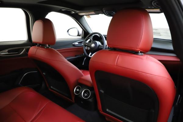 New 2020 Alfa Romeo Giulia Sport Q4 for sale Sold at Maserati of Greenwich in Greenwich CT 06830 26