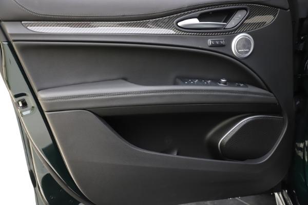 New 2020 Alfa Romeo Stelvio Ti Sport Carbon Q4 for sale Sold at Maserati of Greenwich in Greenwich CT 06830 17