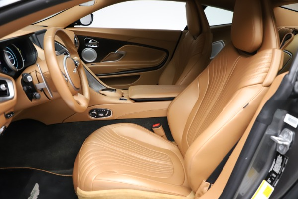 Used 2017 Aston Martin DB11 for sale $155,900 at Maserati of Greenwich in Greenwich CT 06830 14